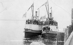 Steamboats of Willapa Bay - Image: Shamrock and Reliable South Bend to Nahcotta Washington 1902 1925 Howie Wahlen