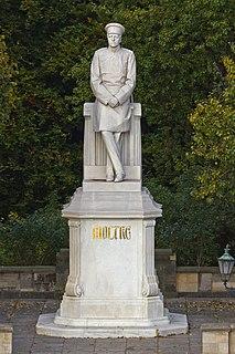 Statue of Helmuth von Moltke the Elder