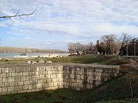 Silistra Danube Garden - Burg Walls.jpg