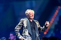Simple Minds - 2016330224348 2016-11-25 Night of the Proms - Sven - 1D X - 0790 - DV3P2930 mod.jpg