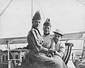Princess Maria of Greece and Denmark - Maria of Greece (right) on holiday with her aunts Marie Feodrovna and Alexandra c.1895