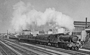 Henley branch line - Henley - Paddington train at Slough