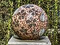 Social globe of mozaiek bol, kunst in het Amstelpark pic1.jpg