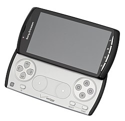 Sony-Xperia-Play-Open-FL.jpg