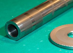 Spiral groove bearing - Spiral groove journal and thrust bearings using air as a lubricant.