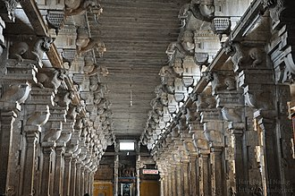 Jambukeswarar Temple, Thiruvanaikaval - The second precinct of the temple with pillars sculpted during the Nayak period