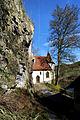 St Wendel zum Stein, eine spätgotische Kapelle wunderschön in die Felslandschaft an der Jagst integriert. 07.jpg