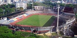 Bangunan Stadium Merdeka dari jauh.