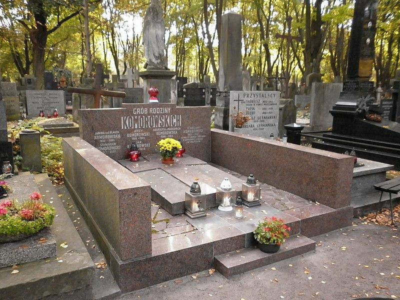 File:Stanisław Komorowski grób.jpg