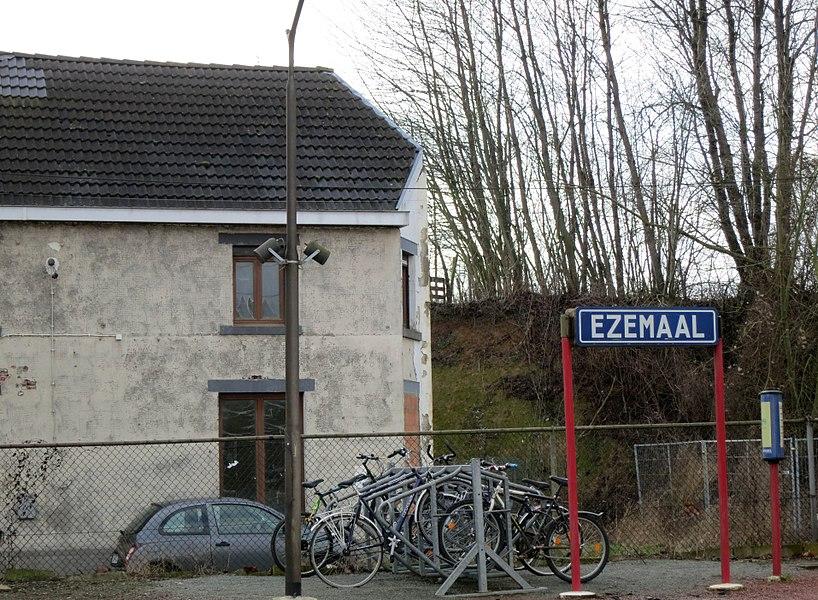 Station Ezemaal