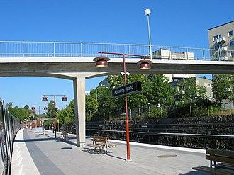 Hässelby strand metro station - Image: Stockholm subway hässelby strand 20060913 003