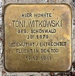 Photo of Toni Witkowski brass plaque