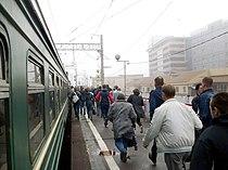 Stowaways running, Zheleznodorozhnaya station.jpg