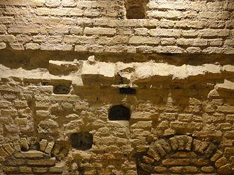 Jean Sturm Gymnasium - Medieval walls in the cellar