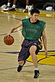 Sun Yue practicing with the Lakers 2.jpg