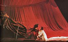 Una scena dell'opera Tannhäuser di Richard Wagner diretta da Werner Herzog nel 1997 per il Teatro de la Maestranza di Siviglia.
