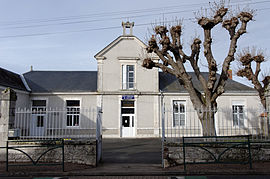 The school in Tavers