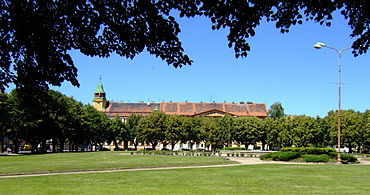 Terezin CZ town square N side with town hall Ater5.jpg