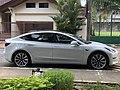 Tesla Model 3 Side.jpg