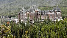 The Castle - Banff Springs - panoramio (banner esvoy).jpg