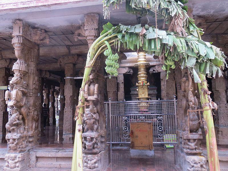படிமம்:Thiruchengodu Arthanareeswarar Sannidhi-Front mandapam.jpg
