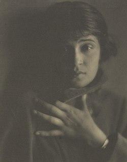Tina Modotti - Edward Weston.jpg