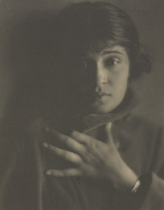 Tina Modotti - Tina Modotti photographed by Edward Weston in 1921