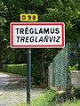 Tréglamus. Panneau d'agglomération.jpg