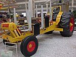 Tractor Pulling Tractor (37550477736).jpg