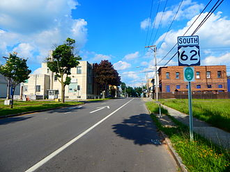 U.S. Route 62 - US 62 in Niagara Falls, just after the terminus at NY 104