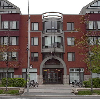Innis College, Toronto - Innis College Residence, 111 St George St