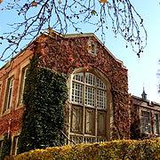 Edificio de botánica en otoño, Universidad de Melbourne