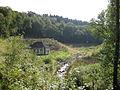 Untere Herbringhauser Talsperre, Pumphaus am geschleiften Damm.jpg