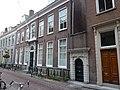 Utrecht Rijksmonument 18367 Pand Trans 10 met 18369 poortje.JPG