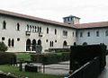 VERONA 049 - Castello Scaligero - Il cortile.JPG