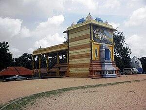 Vallipuram - Image: Vallipuram Vishnu Temple 2