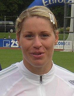 Vera Cechlova-Pospisilova CZ championships in athletics Kladno 2005 (cropped).jpg