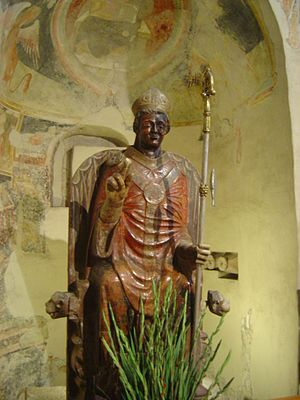 Basilica of San Zeno, Verona - Smiling St. Zeno, statue in the Presbytery