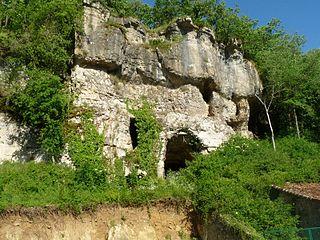 Grotte du Placard