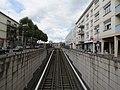 Voie du tramway sur l'avenue Jacques-Cartier, Rouen.jpg