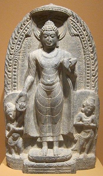 File:WLA haa Standing Buddha Pala dynasty.jpg