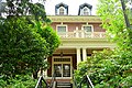 Washington Governor's Mansion - approach from Capitol Building complex 03.jpg