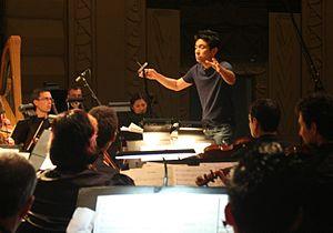 Wataru Hokoyama - Hokoyama conducting in 2009