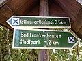 Wegweiser zwischen Kyffhaeuser und Bad Frankenhausen (Kyffhaeuser-Denkmal 3,5 km).jpg