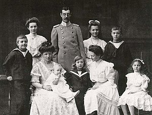 Wilhelm Karl, Duke of Urach - Wilhelm Karl and his family