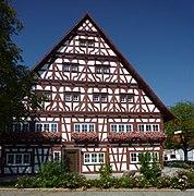 Winterstettenstadt - Fachwerkhaus im Blumenschmuck 02.jpg