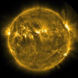 Datoteka:Wispy 'Plasma Dancer' on the limb of the Sun.ogv
