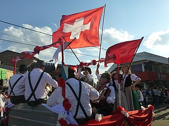 Swiss Argentines - Swiss Argentines during the inaugural parade of the XXXIV National Immigrant Festival in Oberá, Misiones.