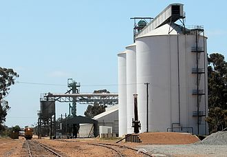 Wheatbelt (Western Australia) - Grain receival and storage facility at Yealering