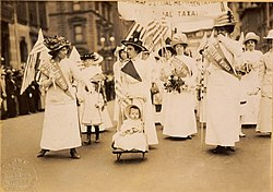 Youngest parader in New York City suffragist parade LCCN97500068 (cropped).jpg